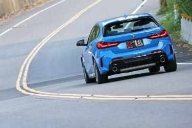 戰鬥鋼砲新解  BMW M 135i xDrive(下) !