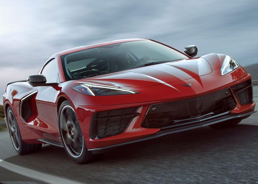 美國親民跑車Corvette竟敢挑戰Porsche 911?價差可買輛雙B了!