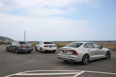 中型主管用車購買指南  最新Volvo S60、最強BMW 3 Series、最夯Mercedes-Benz C-Class (競爭對手篇) !