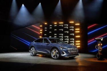 Audi e-tron Sportback 洛杉磯車展全球耀眼首發  以獨步車壇燈光科技 強鼎問世電動車市場