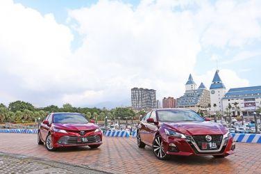 挑戰霸主  Nissan Altima 2.0T VS. Toyota Camry 2.5 Hybrid(上、靜態篇) !!
