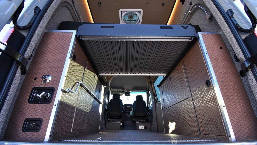 Titan Vans推出衝浪滑雪套組替露營車的用途帶來更多可能性