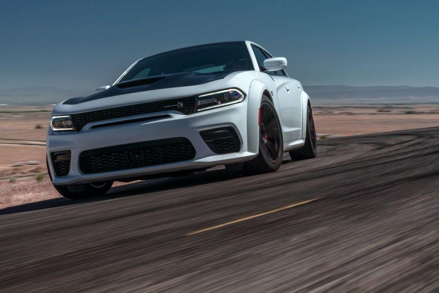 影/美國Dodge地獄貓超級房車能讓英國車評比讚嗎?