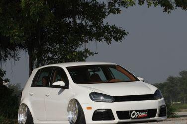 千萬豪車等級(上)  手工內裝VW Golf MK6 !
