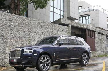 移動行宮  Rolls-Royce Cullinan !