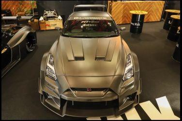 超過700萬日幣的外觀  Carbon Nissan R35 GT-R !!
