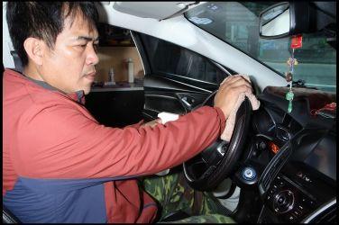 車內除菌大作戰(中)  減少車內細菌孳生 !