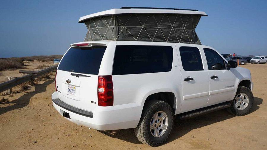 乍看為一般SUV的Chevy Suburban竟有著滿滿的露營設備
