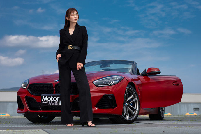 Motor Babe - BMW Z4 M40i    承襲經典 馭風移形