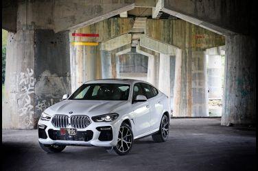 吾自發光  BMW X6 xDrive 40i M Sport(上) !