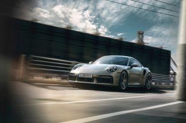 2020日內瓦車展—我願稱你為最強  Porsche 911 Turbo S(992)