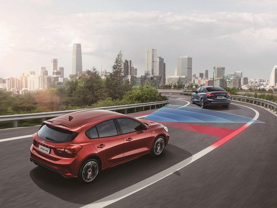 福特新推Focus EcoBoost 182 四門佛心版/五門時尚版 舊換新預售價74.9萬起