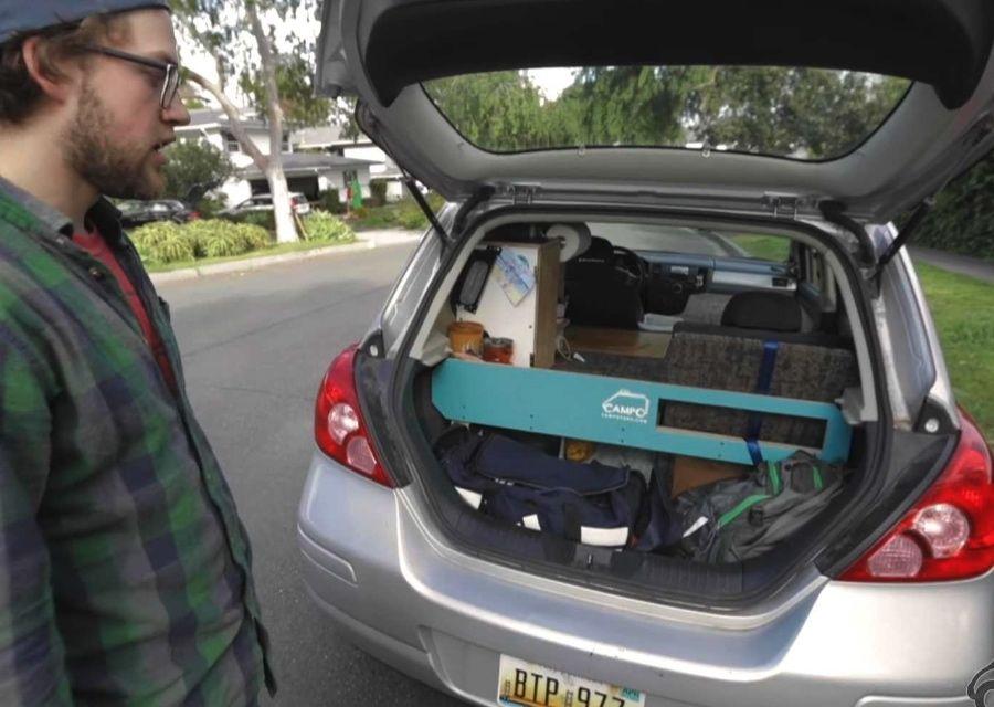 影/Nissan Tiida改造露營車!睡兩位成人也沒問題!