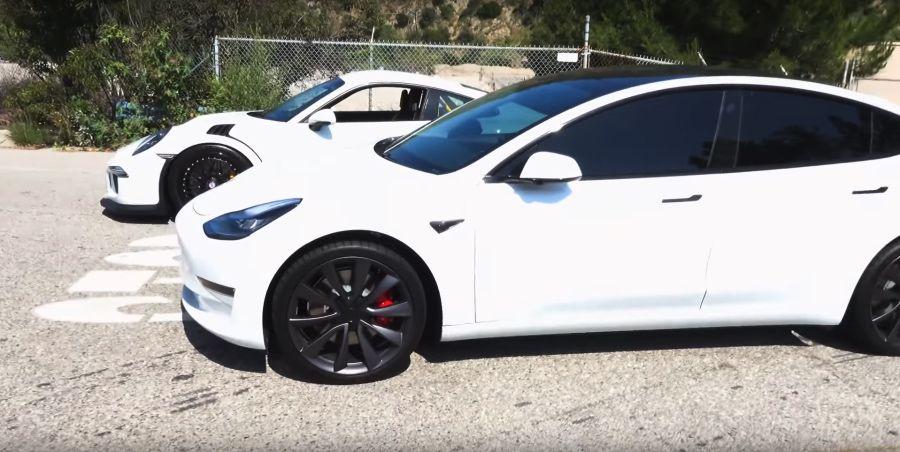 影/Tesla Model 3又擊敗了Porsche 911 GT3RS…所以勒?