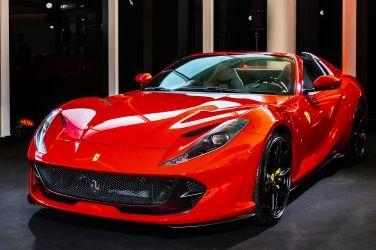 敞篷雙雄到位 Ferrari 812 GTS & F8 Spider