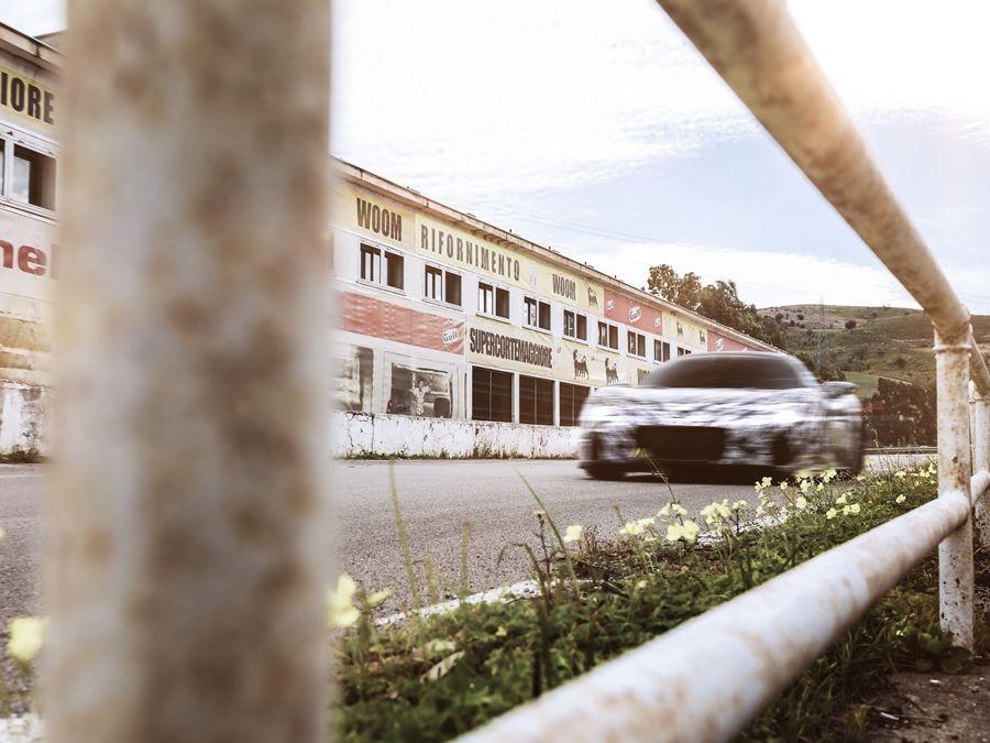 "Maserati MC20原型車馳騁西西里賽道 紀念傳奇""四連勝""八十周年"