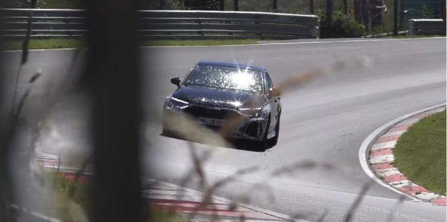 影/Audi RS3 Sportback紐柏林高速殺彎!Mercedes-AMG A45 S強敵現身