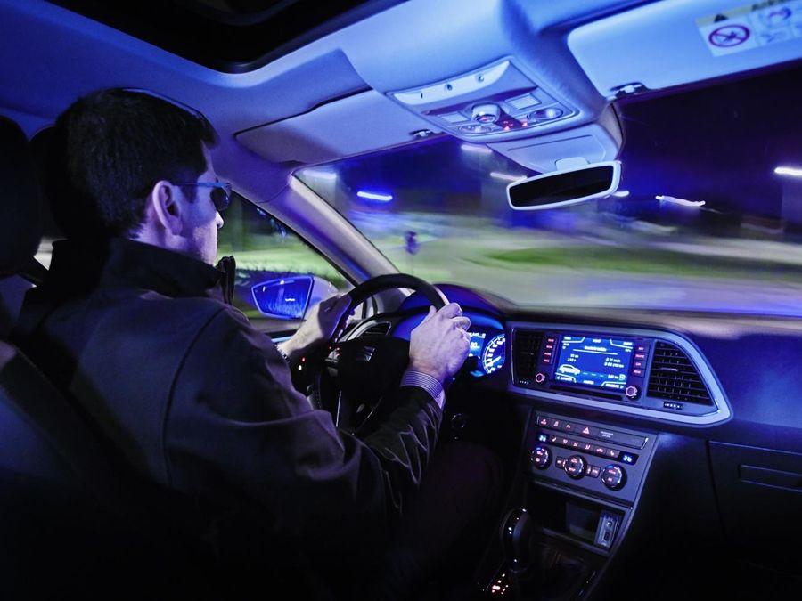 雨夜開車務必更加小心 尤其在陌生路段!