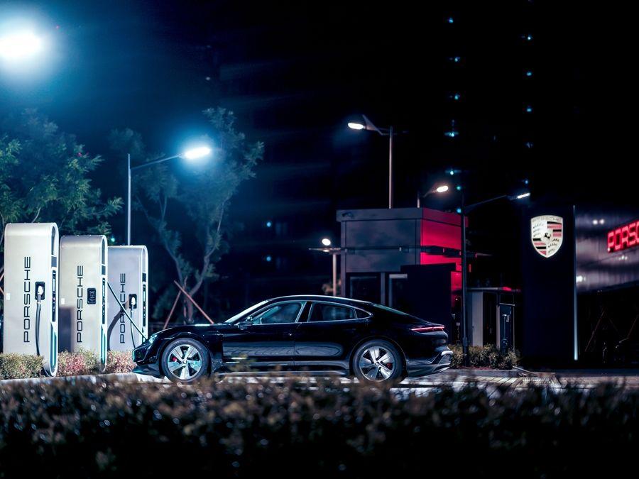 寧靜力量再臨台灣 Porsche Taycan魅力現身