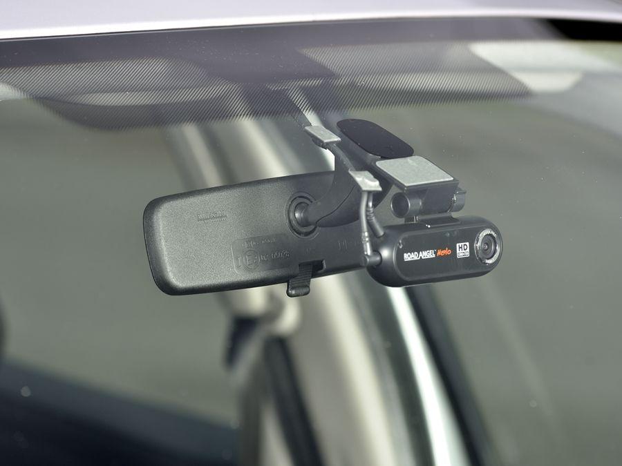 車尾需不需要裝行車紀錄器?老司機分析給你聽!