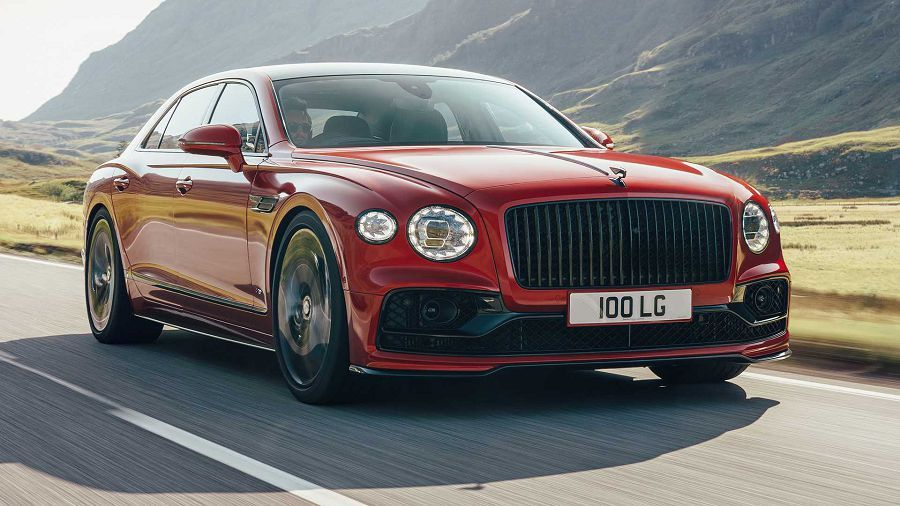 Bentley發表動態更靈活的「Flying Spur V8」