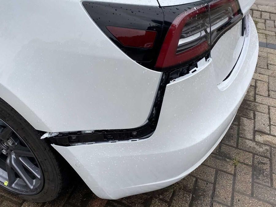 車重越開越重?特斯拉坦承Model 3後保桿設計錯誤!