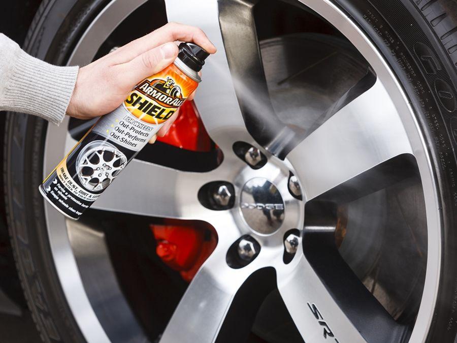 慎選輪圈清潔劑 以免輪圈被腐蝕性液體破壞!
