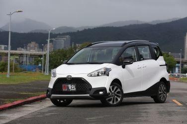[試駕] 走更遠的路 Toyota Sienta Crossover