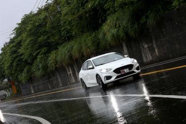 [試駕] 熱血爸的選擇 Ford Focus 4D ST-Line Lommel