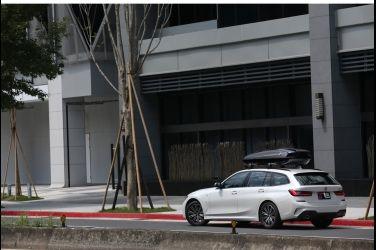 [試駕] 全能生活家 BMW 320i Touring M Sport