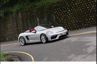 [試駕] 笑逐顏開 Porsche 718 Spyder