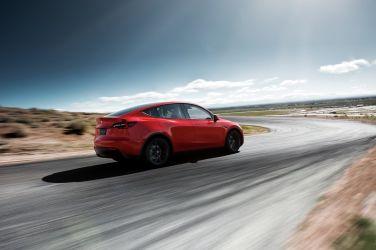 圍剿馬斯克 眾家狂電Tesla SUV將成為新殺戮戰場