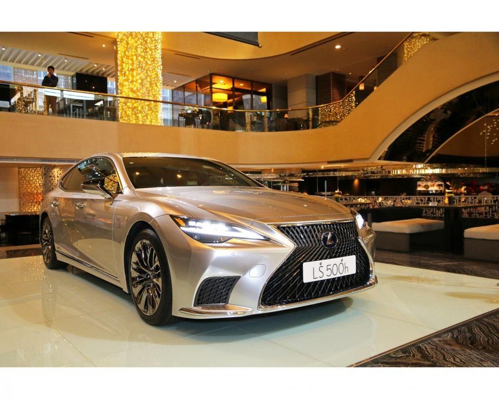 極緻奢華再升級 2021小改Lexus LS