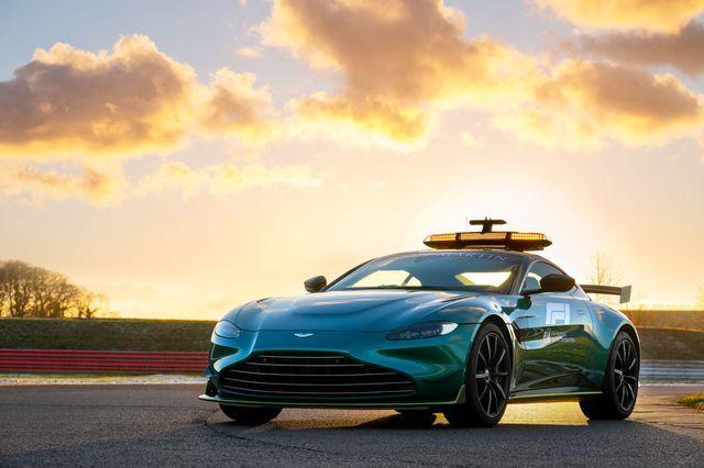 Aston Martin New Vantage  F1®官方安全車正式亮相