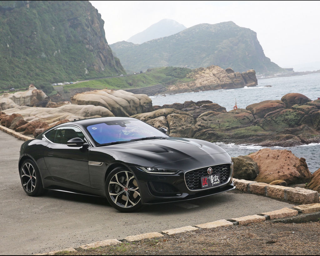 [試駕] 激情豹力 Jaguar F-Type P300 R-Dynamic