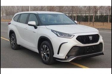 這就是Crown SUV嗎!?中國流出了有著皇冠標誌的Crown Kluger