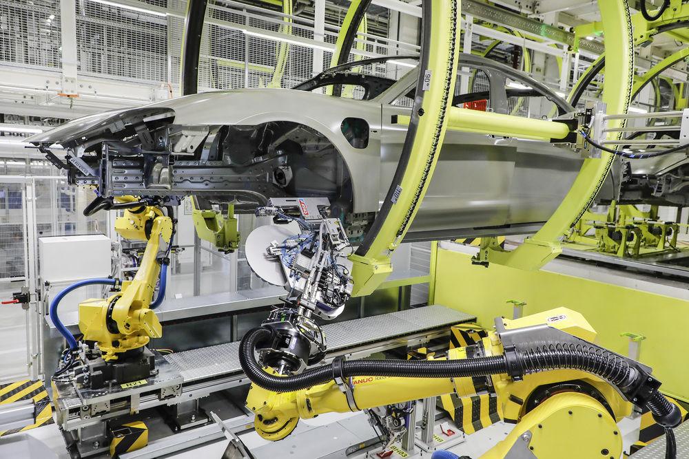 保時捷創新車身防蝕技術 提升Taycan製程效能