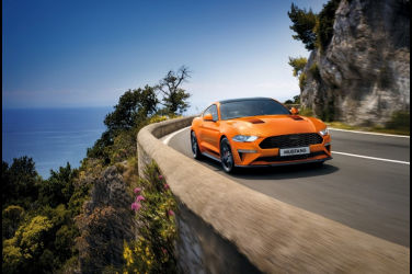Ford Mustang經典魅力揮灑 邁入第57週年 連續六年蟬聯「全球雙門跑車銷售冠軍」