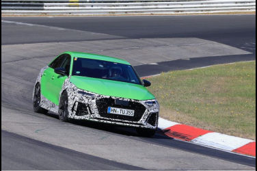 下一代新型Audi「RS3 Sedan」原型車在紐柏林賽道奔馳【最新獨家】