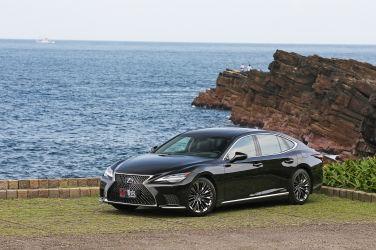 [試駕] 安靜也狂野 Lexus LS 500h