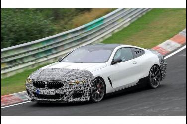 新一代BMW中置引擎超跑原型車奔騰於紐柏林賽道【最新獨家】