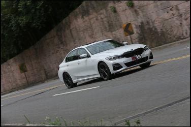 [試駕] 黑就是潮 BMW 330i M Sport Midnight Edition夜型版