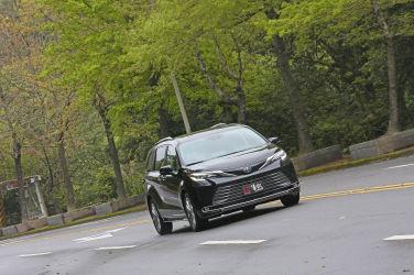 [試駕] 新油電子彈列車 全新四代目Toyota Sienna(下)