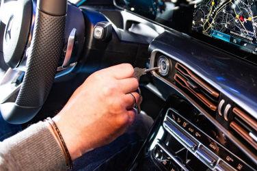 在家防疫長知識 汽車鑰匙從搖把變零接觸
