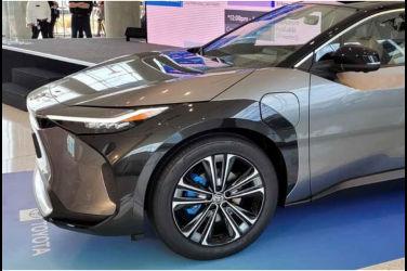 帥氣滿分!Toyota bZ4X Concept實車照