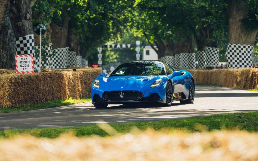 Maserati MC20 首次亮相