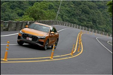 [試駕] 風度翩翩 Audi Q8 55 TFSI quattro S line(下)