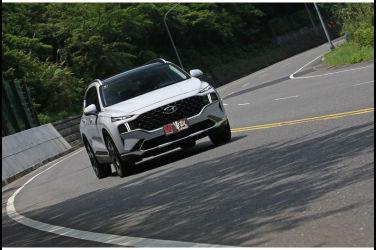[試駕] 誠意滿滿的進化 Hyundai Santa Fe 2.2 GLD-C(下)