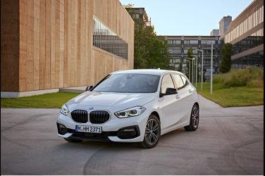 BMW煥新方案 多重禮遇輕鬆駕馭 全車系60期0利率0首付 現金購車可享最高NT$60,000元回饋