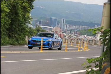 [集體評比] 跑格先決(下) Kia Stinger 2.0 GT Line x Volkswagen Arteon Shooting Brake 380 TSI R-Line Performance